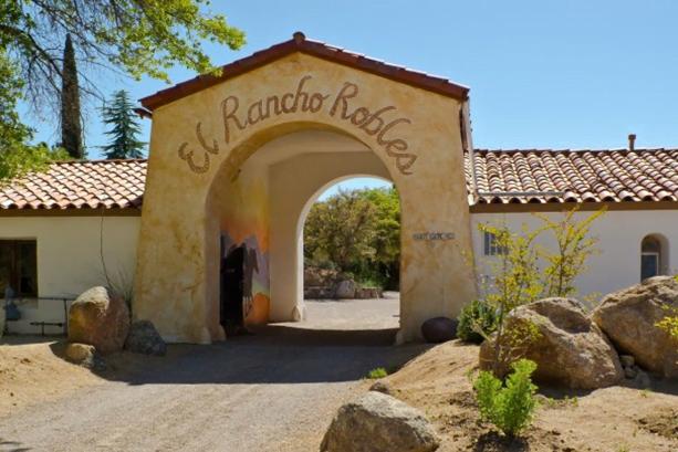 El Rancho Robles Retreat Center, AZ